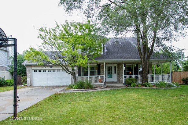 Traditional, Detached Single - Tinley Park, IL
