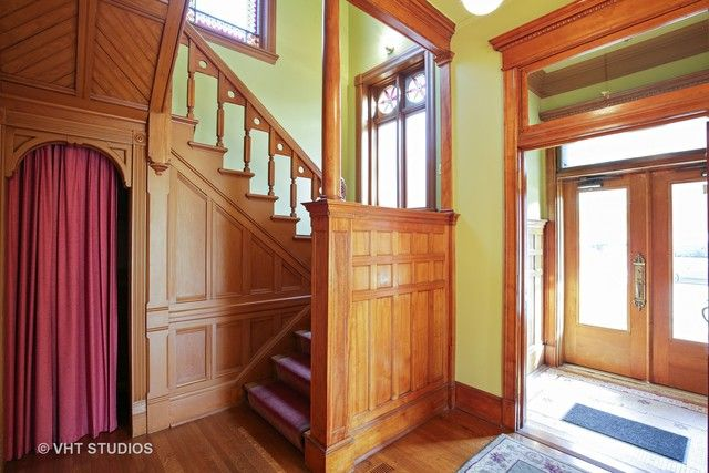 Victorian, Detached Single - Dekalb, IL (photo 2)