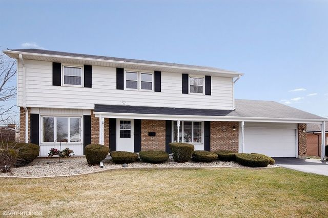 Traditional, Detached Single - Chicago Heights, IL (photo 1)