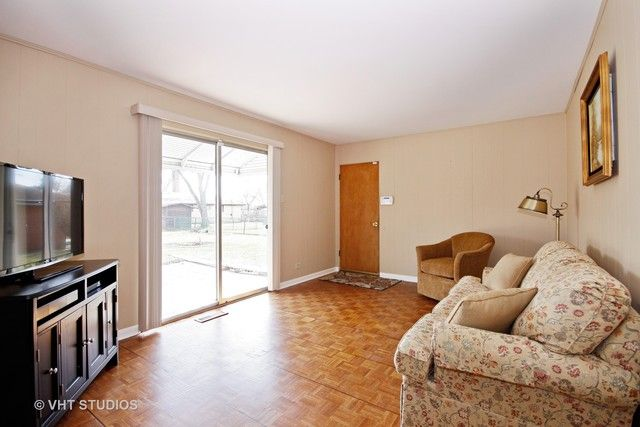 Traditional, Detached Single - Chicago Heights, IL (photo 5)