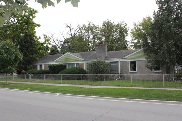 Ranch, Detached Single - Brookfield, IL