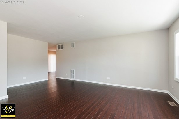 Ranch, Detached Single - Glendale Heights, IL (photo 3)