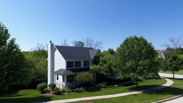 Traditional, Detached Single - Antioch, IL (photo 1)