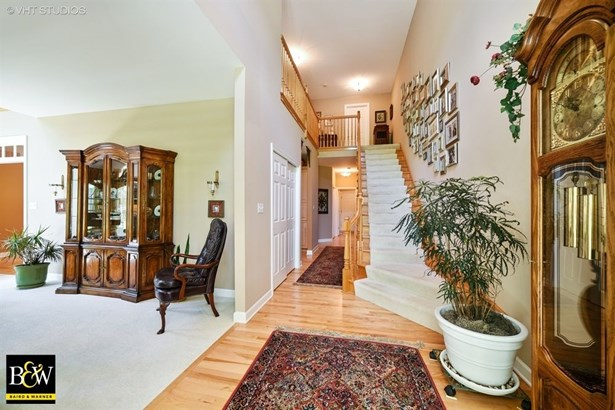Townhouse - St. Charles, IL (photo 2)