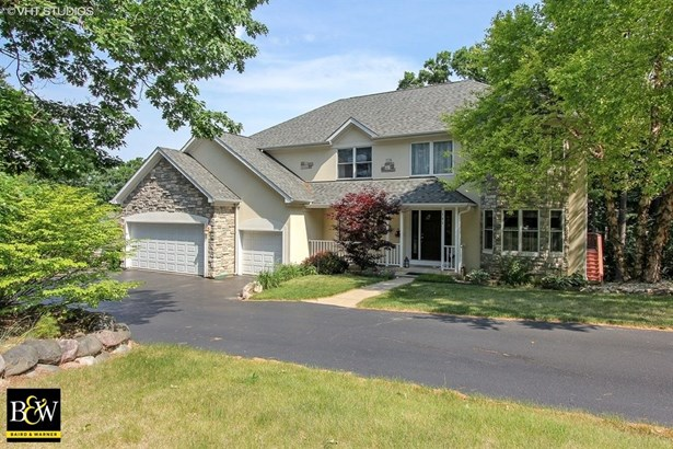 Traditional, Detached Single - Island Lake, IL (photo 1)