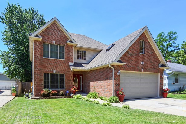 Traditional, Detached Single - Lombard, IL