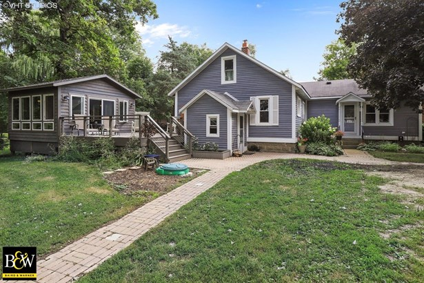 Farmhouse, Detached Single - Wadsworth, IL