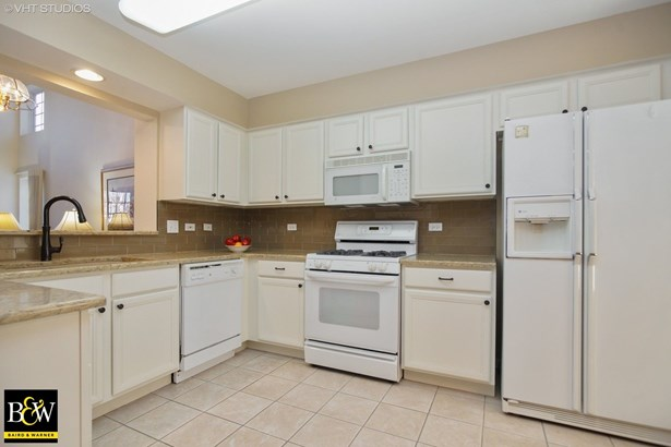 Townhouse - Prospect Heights, IL (photo 5)