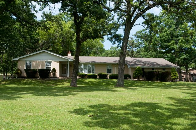 Ranch, Detached Single - Wadsworth, IL (photo 1)