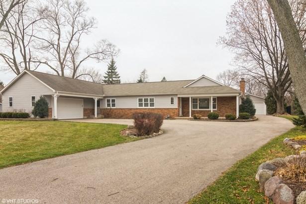 Ranch, Detached Single - Long Grove, IL