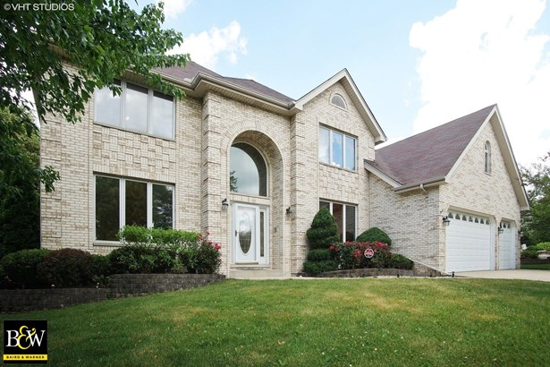 Traditional, Detached Single - Bloomingdale, IL (photo 1)