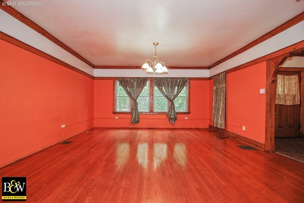 Bungalow, Detached Single - Cicero, IL (photo 2)