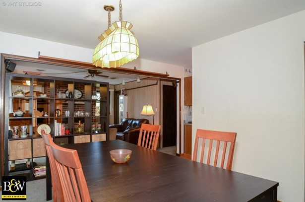 Ranch, Detached Single - Streamwood, IL (photo 5)