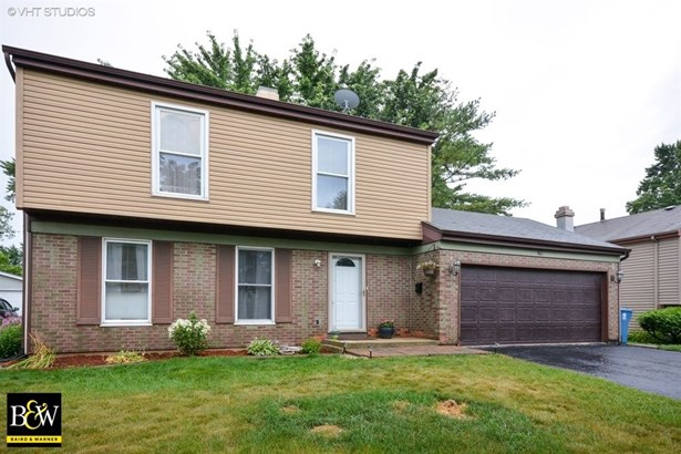 Colonial, Detached Single - Glendale Heights, IL (photo 1)