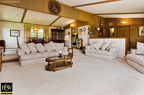 Ranch, Detached Single - Marengo, IL (photo 4)