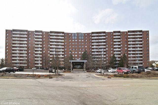 Condo - Schaumburg, IL (photo 1)