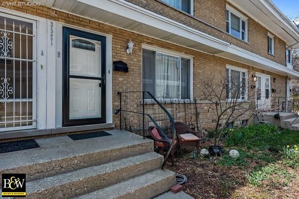 Townhouse - Evanston, IL (photo 2)