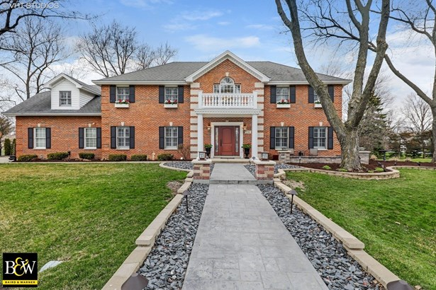 Colonial, Detached Single - Willowbrook, IL (photo 1)