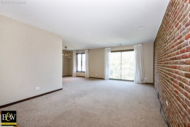 Condo - Palos Hills, IL (photo 2)