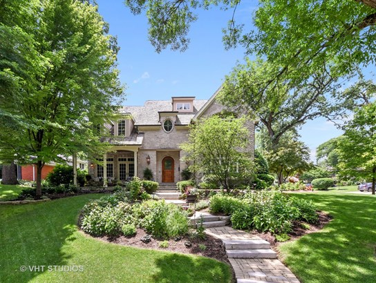 Traditional, Detached Single - Naperville, IL
