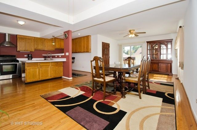 Traditional, Detached Single - Chicago, IL (photo 4)