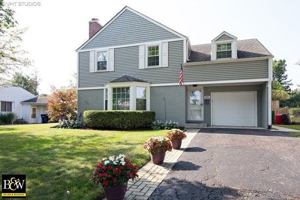Traditional, Detached Single - Lombard, IL (photo 1)