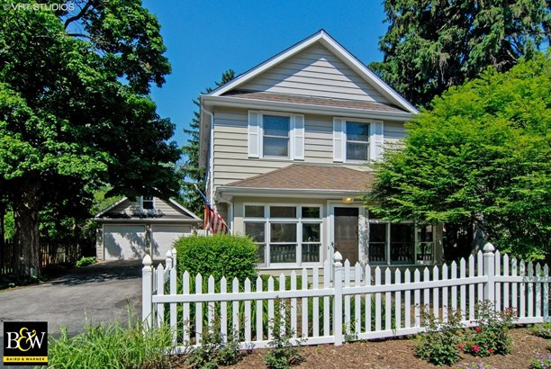 Traditional, Detached Single - Warrenville, IL (photo 1)