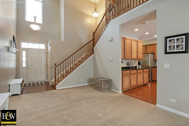 Townhouse - Huntley, IL (photo 3)
