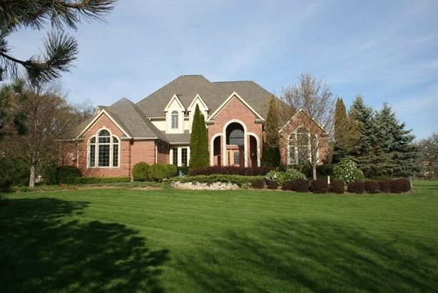 Contemporary, Detached Single - Crystal Lake, IL
