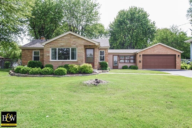 Ranch, Detached Single - Antioch, IL (photo 1)