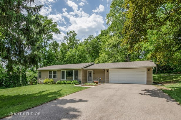 Ranch, Detached Single - Cary, IL