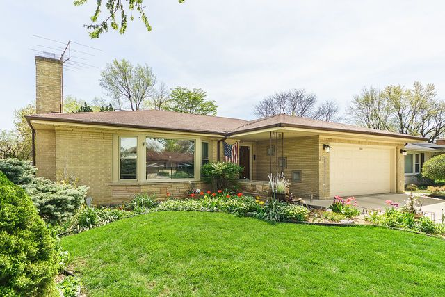 Ranch, Detached Single - Western Springs, IL (photo 1)