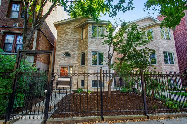 Traditional, Detached Single - Chicago, IL (photo 1)