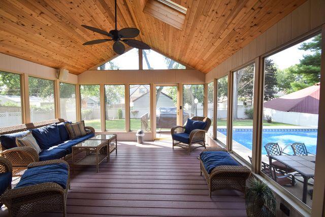 Detached Single, Step Ranch - Des Plaines, IL (photo 3)