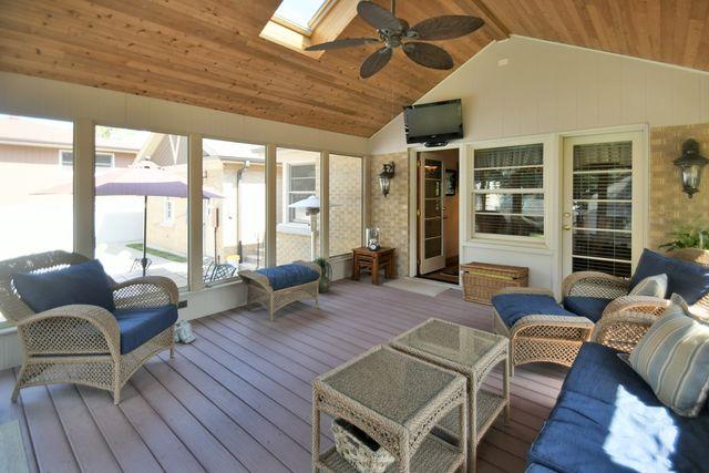Detached Single, Step Ranch - Des Plaines, IL (photo 4)