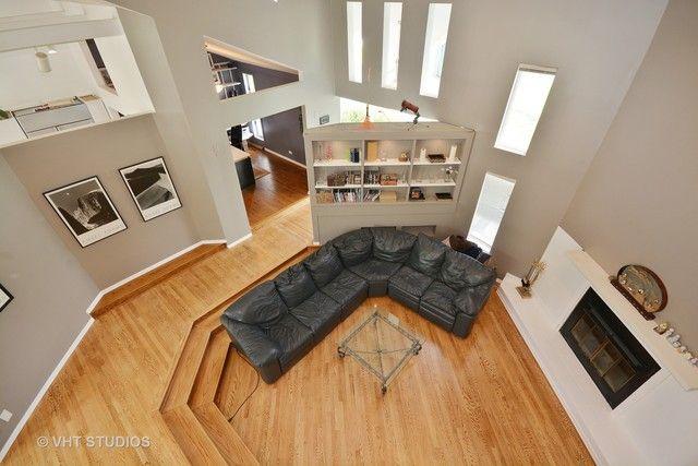 Contemporary, Detached Single - Elgin, IL (photo 2)