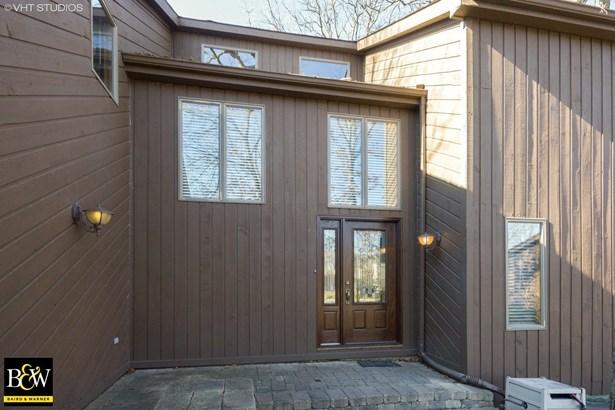 Contemporary, Detached Single - Woodridge, IL (photo 2)