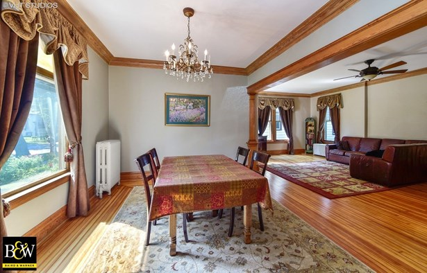 Traditional, Detached Single - Forest Park, IL (photo 3)