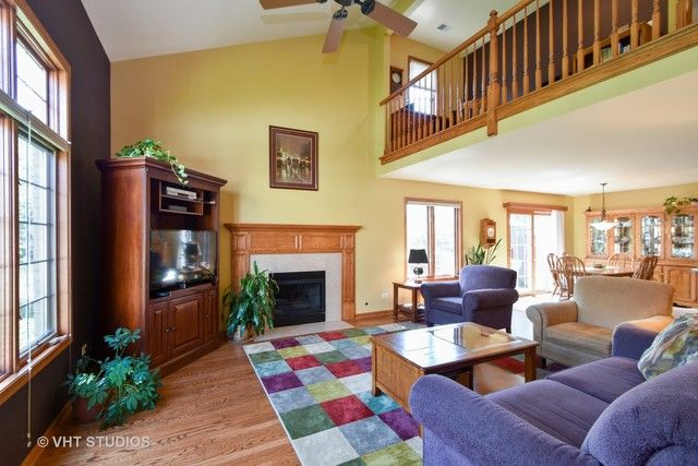 Townhouse - Tinley Park, IL (photo 3)