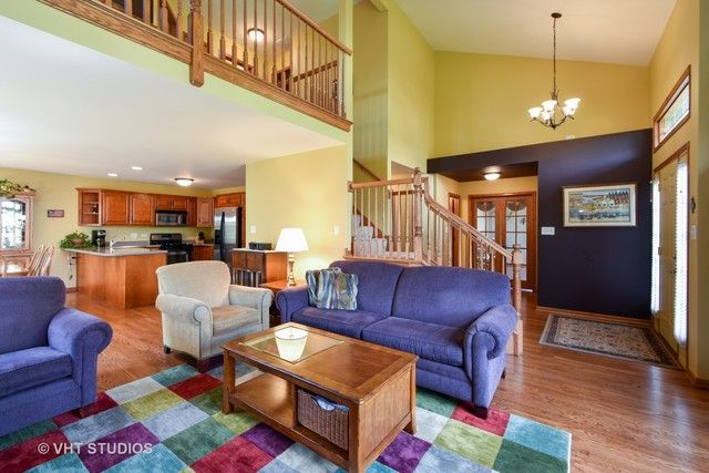 Townhouse - Tinley Park, IL (photo 4)