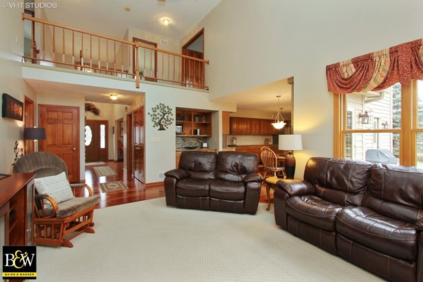 Colonial, Detached Single - Mchenry, IL (photo 4)