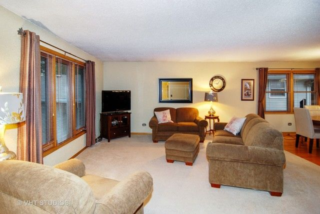 Detached Single, Step Ranch - Brookfield, IL (photo 3)