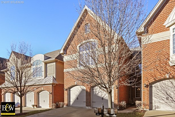 Townhouse - Bloomingdale, IL (photo 1)
