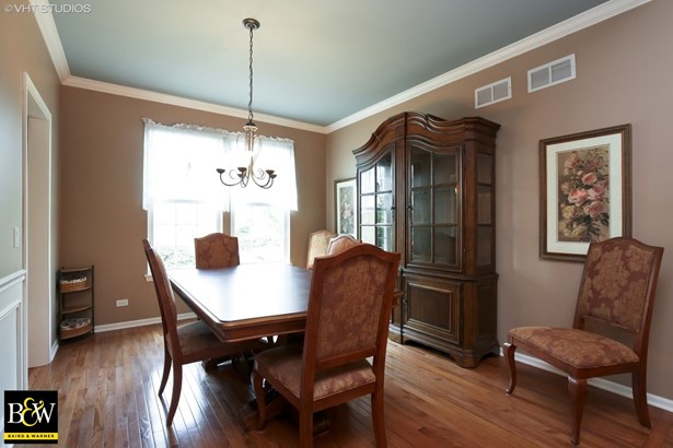 Detached Single - West Dundee, IL (photo 5)