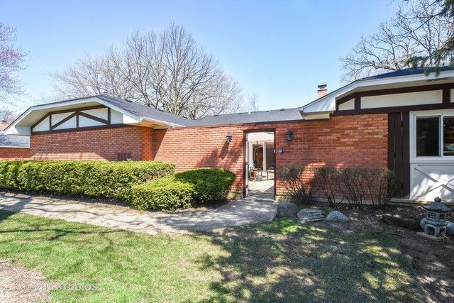Townhouse - Rolling Meadows, IL (photo 1)