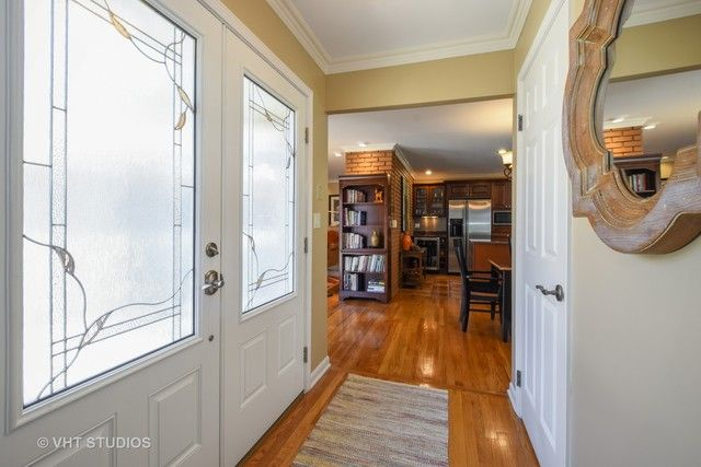 Townhouse - Rolling Meadows, IL (photo 2)