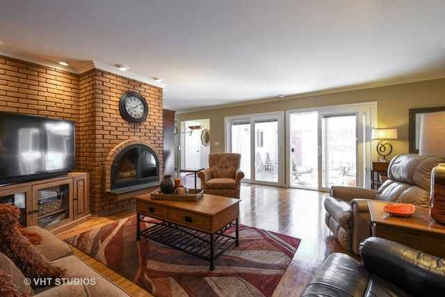 Townhouse - Rolling Meadows, IL (photo 4)