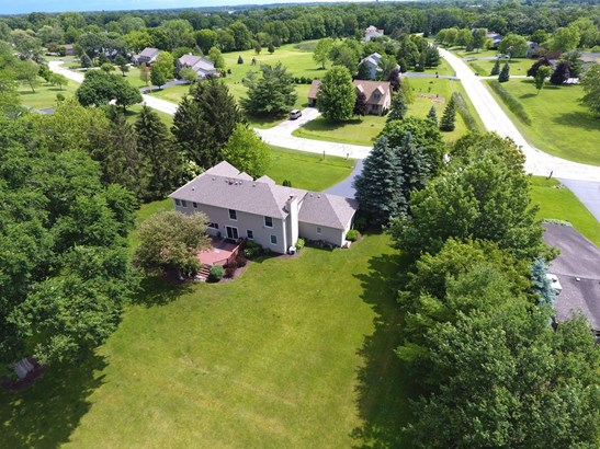 Traditional, Detached Single - Lake Villa, IL (photo 3)