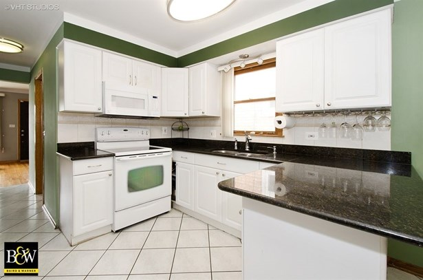 Detached Single, Step Ranch - Harwood Heights, IL (photo 3)