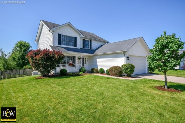 Traditional, Detached Single - Elburn, IL
